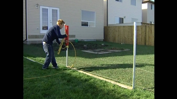 Amazing Installing A Vinyl Fence Vinyl Fencing Install Video Straightn39level Fencing Solutions Post