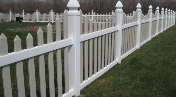 Awesome Vinyl Fencing Utah The Best Fences Amp Decks In Utah Stonehenge Fence