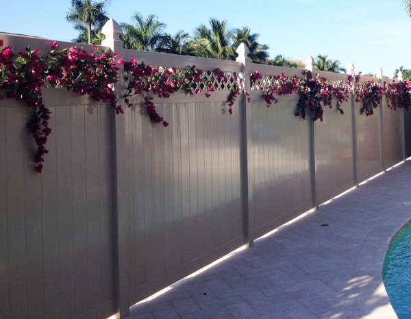 Wholesale Vinyl Fence