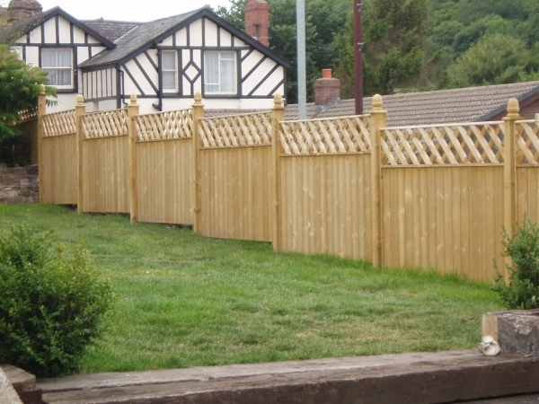 4 Ft Fence Panels