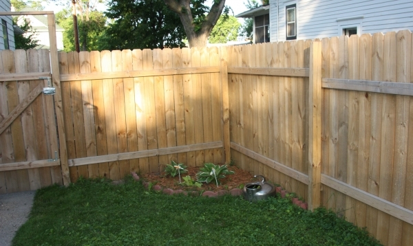Stunning Wholesale Vinyl Fencing How To Build A Vinyl Fence Fencing