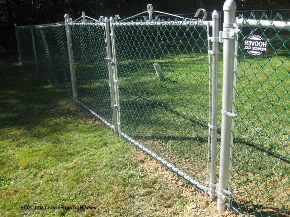 Alluring How To Build A Chain Link Fence How To Install Chain Link Fence Post Setting Chain Link Fence