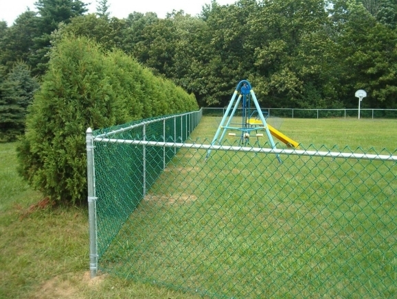 How To Put Up A Chain Link Fence