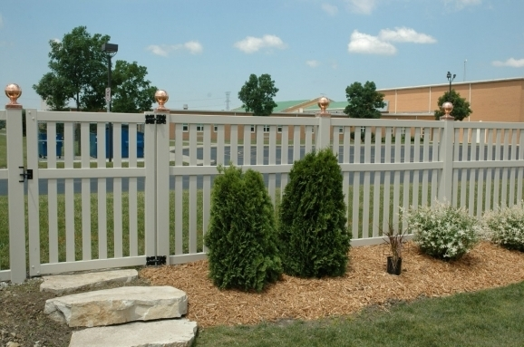 Cheap Vinyl Fencing