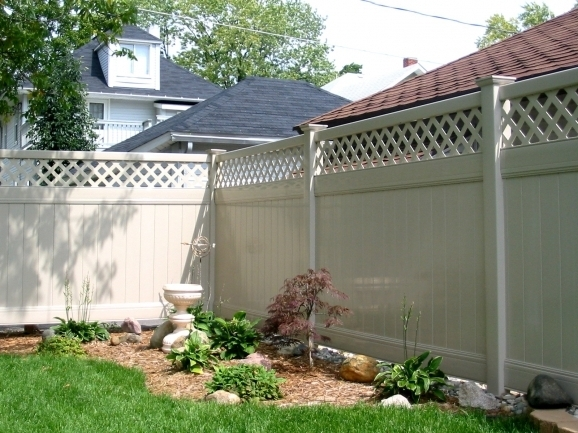 Awesome Privacy Fencing Options Privacy Fence Vinyl Fence For Securing A Private Yard Area For