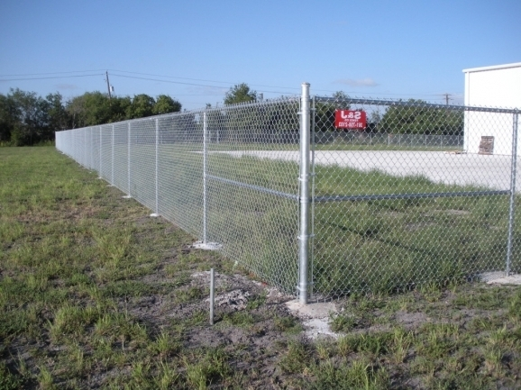 6 Ft Chain Link Fence