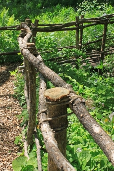 Awesome Rustic Fence Ideas 25 Best Ideas About Rustic Fence On Pinterest Rustic Fencing