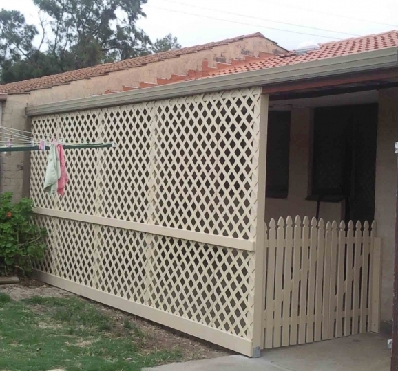 Vinyl Lattice Fence Panels